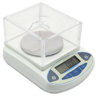 imagen de balanza de laboratorio